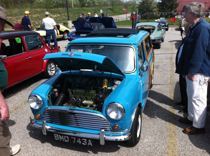 Chuck Linick's Very Clean 1963 Morris Traveller.